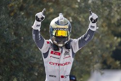 Juara balapan Ma Qing Hua, Citroën World Touring Car team