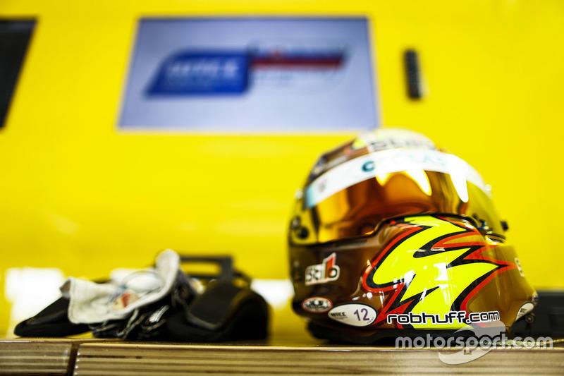 Rob Huff, Lada Vesta WTCC, Lada Sport Rosneft helmet