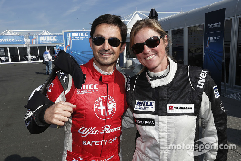 Sabine Schmitz, Chevrolet RML Cruze, ALL-INKL_COM Munnich Motorsport and Bruno Correia, Safety car driver