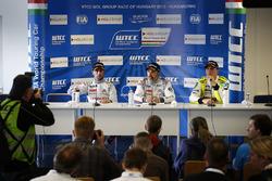 新闻发布会:何塞·玛利亚·洛佩兹、伊万·穆勒,雪铁龙WTCC车队; 雨果·瓦伦特,坎波斯车队