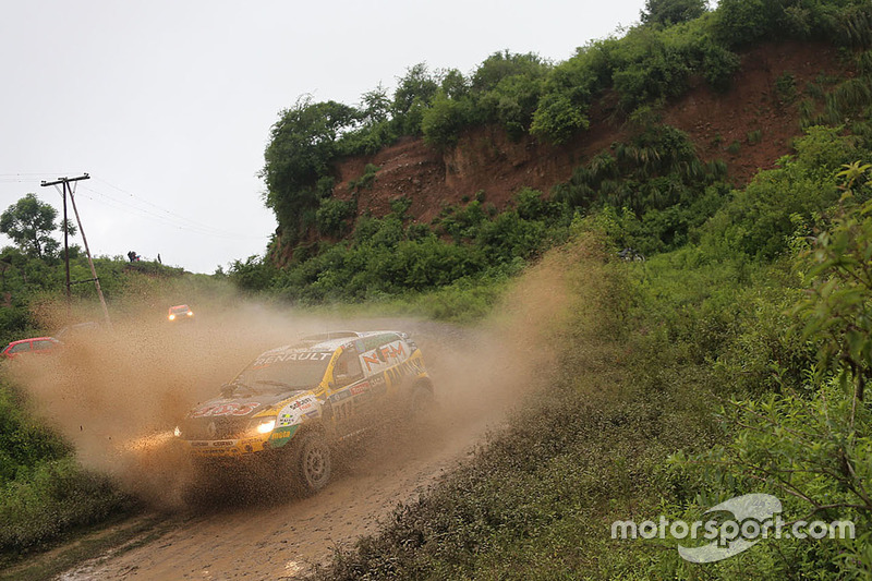 #317 Renault: Emiliano Spataro, Benjamin Lozada