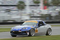 #34 Alara Racing Mazda MX-5: Крістіан Сімчак, Трент Хайндмен, Джастін Піссайтелл
