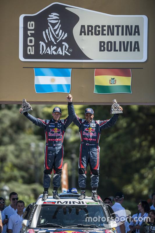 Tweede plaats auto's Nasser Al-Attiyah en Matthieu Baumel