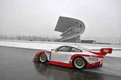 Presentation: Kremer Racing 997 K3