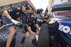 Shane Van Gisbergen, Jamie Whincup, Triple Eight Race Engineering, Red Bull Racing Australia,
