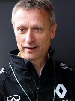 Боб Белл, технический директор Renault Sport Formula One Team