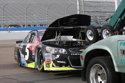 Das Auto von Kasey Kahne, Hendrick Motorsports Chevrolet nach den Problem mit dem Motor