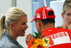 Corina Schumacher, Corinna, Wife of Michael Schumacher kissing his men Michael Schumacher, Scuderia Ferrari