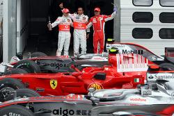 Lewis Hamilton con Felipe Massa y Heikki Kovalainen