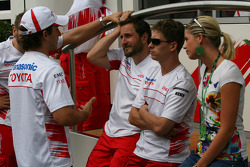 Timo Glock, Toyota F1 Team with his girlfriend and Toyota F1 Team members