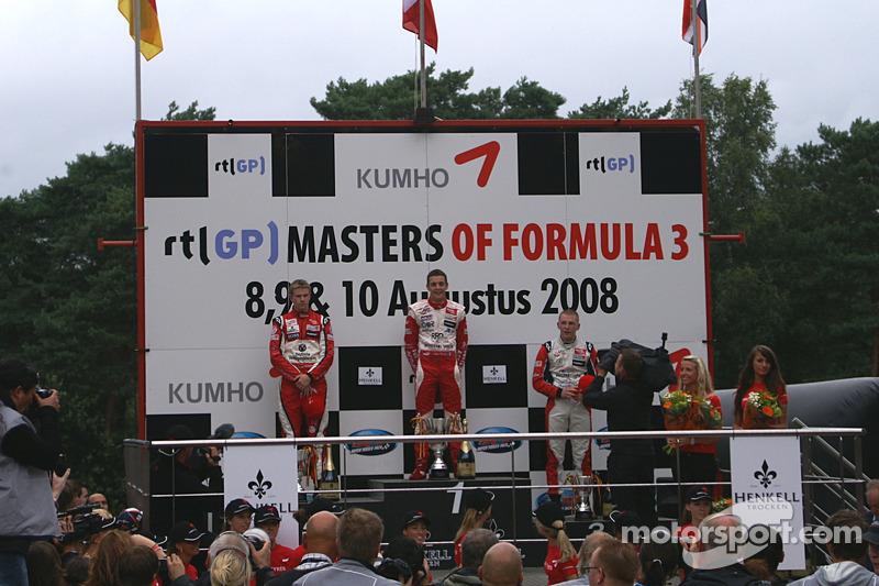 Podio con una conocida en F1 Masters de F3: Podio ganador Jules Bianchi, segundo Nico Hulkenberg, tercero Jon Lancaster