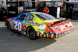 Give Kids The World/Old Spice car driven by Tony Stewart