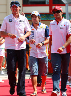 Robert Kubica,  BMW Sauber F1 Team, Fernando Alonso, Renault F1 Team and Giancarlo Fisichella, Force India F1 Team