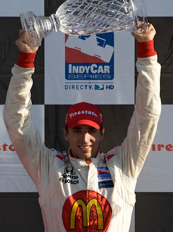 Podium: race winner Justin Wilson