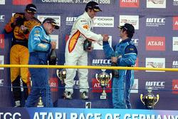 Podium Course 2, Tom Coronel, Sun Red SEAT Team, SEAT Leon FSI, Felix Porteiro, BMW Team Italy-Spain, BMW 320si, Robert Huff, Chevrolet, Chevrole Lacetti, Sergio Hernandez, Proteam Motorsport, BMW 320si