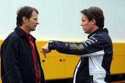 Michael Schmidt [AMS] ve Sam Michael, WilliamsF1 Team, Teknik Direktörü