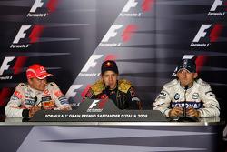 Winnaar Sebastian Vettel, tweede Heikki Kovalainen, derde Robert Kubica