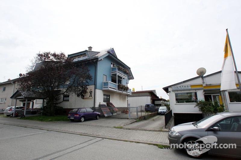 Рідне місто Себастьяна Феттеля - Геппенгайм, Німеччина:  родинний будинок
