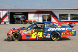 Jeff Gordon heads to the garage for damage repair