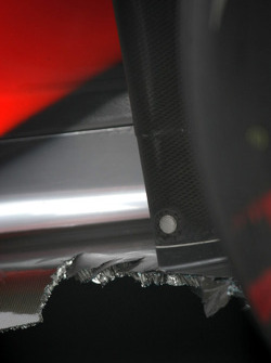 Lewis Hamilton, McLaren Mercedes, damaged car