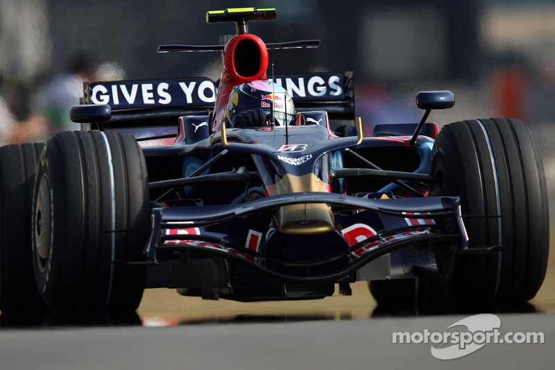 2008: Джули, Toro Rosso STR3