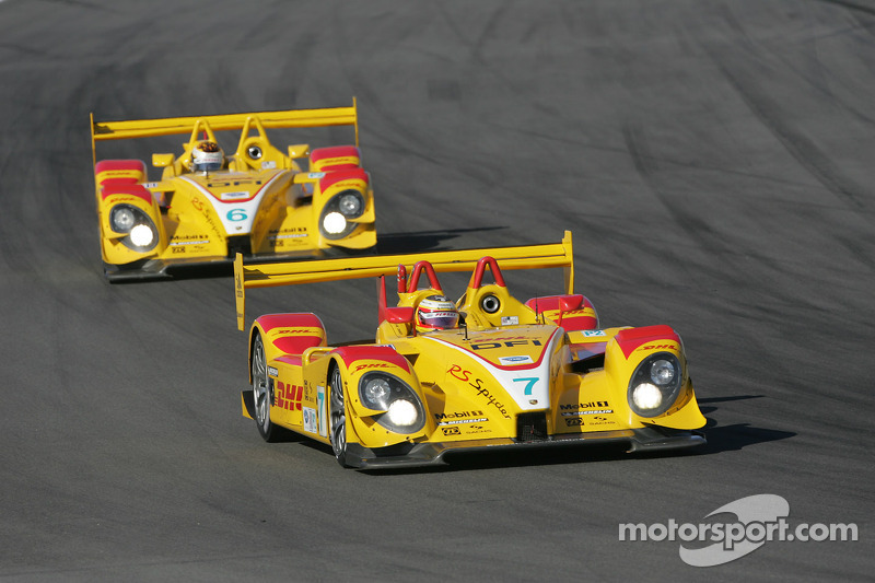 #7 Penske Racing Porsche RS Spyder: Romain Dumas, Timo Bernhard and #6 Penske Racing Porsche RS Spyd
