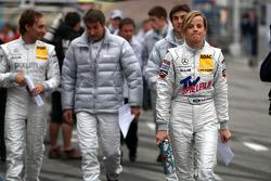 Susie Stoddart, Persson Motorsport AMG Mercedes, AMG Mercedes C-Klasse returning from the drivers briefing