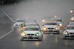 Augusto Farfus, BMW Team Germany, BMW 320si leads the start of the race