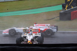 David Coulthard, Red Bull Racing crashes out of his final GP