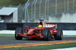 Валентино Росси за рулем Ferrari F2008