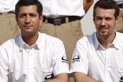 photoshoot de l'équipe Ocean Racing Technology  : Tiago Monteiro et and Jose Guedes, les deux manager de l'équipe