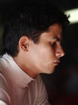 Алекс Йонг