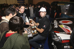 Miguel Barbosa visits the Futuralia event in Lisbon
