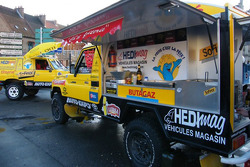 Chti Friterie Team: the #400 Toyota Land Cruiser french fries mobile