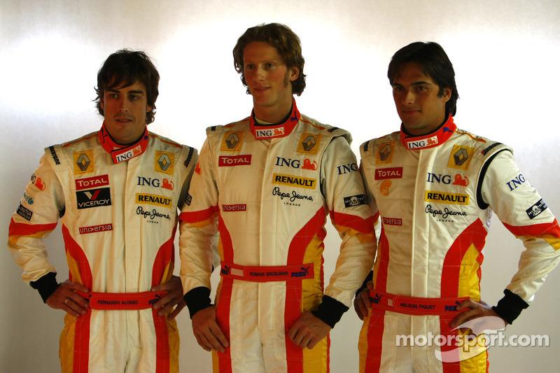 2009 - Renault - Fernando Alonso 26 X 0 Nelsinho Piquet / Romain Grosjean