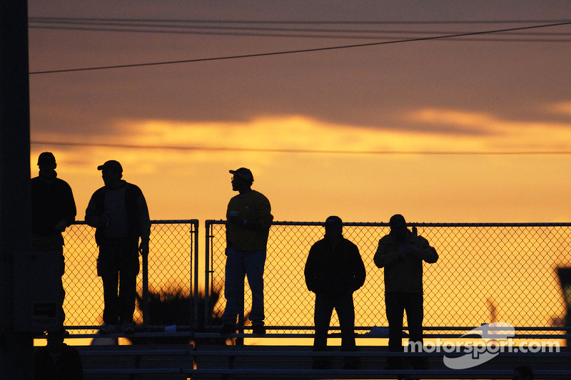 Fans watch the early morning action