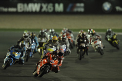 Start: Casey Stoner, Ducati Marlboro Team, leads the field