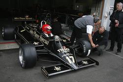 Nico Bindels (L) Lotus 87B N°17, Martin Stretton Racing (1981-82)