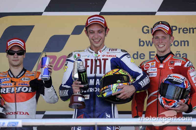 Pódio: 1º Valentino Rossi, 2º Dani Pedrosa, 3º Casey Stoner