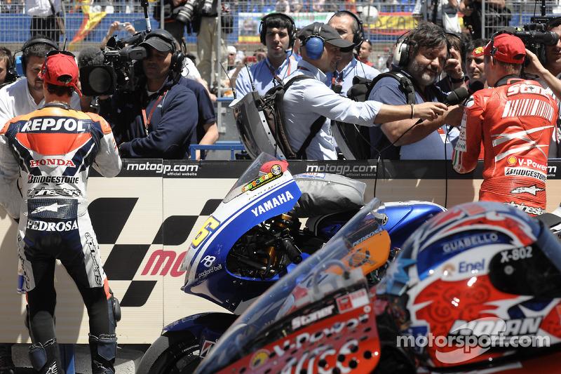 Dani Pedrosa, Repsol Honda Team el segundo lugar y tercer lugar a Casey Stoner, Ducati Marlboro Team
