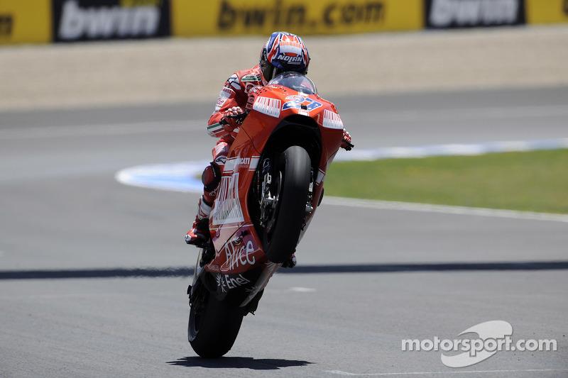 Tercer lugar Casey Stoner, Ducati Marlboro Team