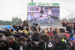 Fans during the pit walk