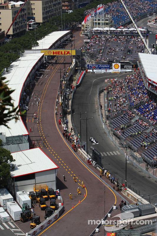 Pitlane, Nick Heidfeld, BMW Sauber F1 Team