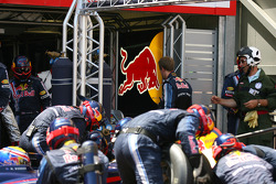 Sebastian Vettel, Red Bull Racing is returning to the pits during the pitstop of Mark Webber, Red Bull Racing
