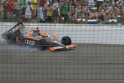 Ryan Hunter-Reay wrecks coming off the fourth corner