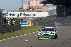 #66 Team-Schrick.com Aston Martin V8 Vantage: Tim Schrick, Jörg van Ommen, Jan-Erik Slooten, Ruben Zeltner