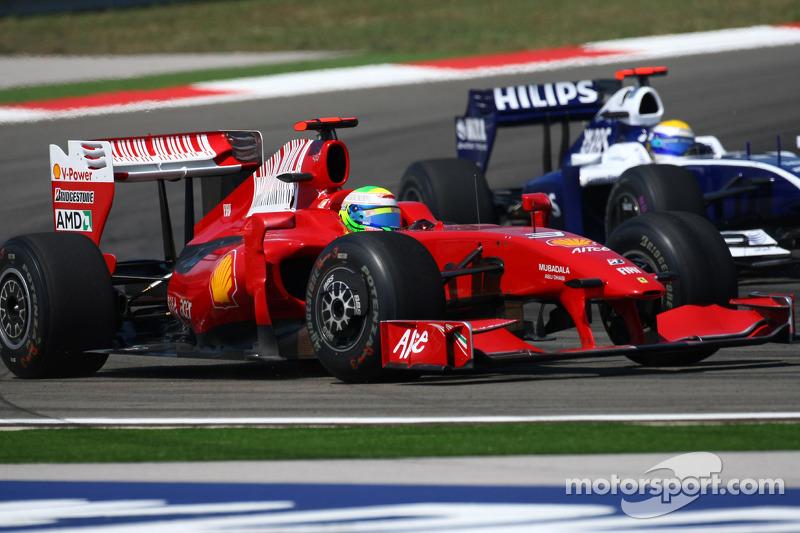 Феліпе Масса (Ferrari) та Ніко Росберг (Williams Toyota)
