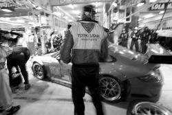 Pit stop for #80 Flying Lizard Motorsports Porsche 911 GT3 RSR: Jorg Bergmeister, Darren Law, Seith Neiman