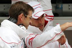 Pascal Vasselon, Toyota F1 Team, Senior General Manager Chassis, Timo Glock, Toyota F1 Team