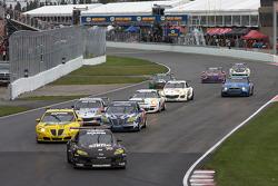 GT start: #70 SpeedSource Mazda RX-8: Nick Ham, Sylvain Tremblay